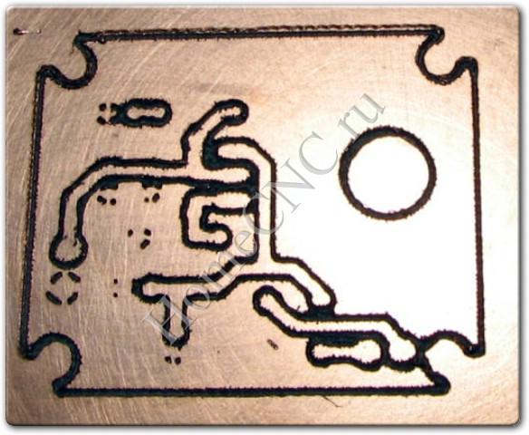 Так же станок позволяет резать бальзу, гравировать по стали и другим материалам.  Для фрезеровки он подходит слабо.